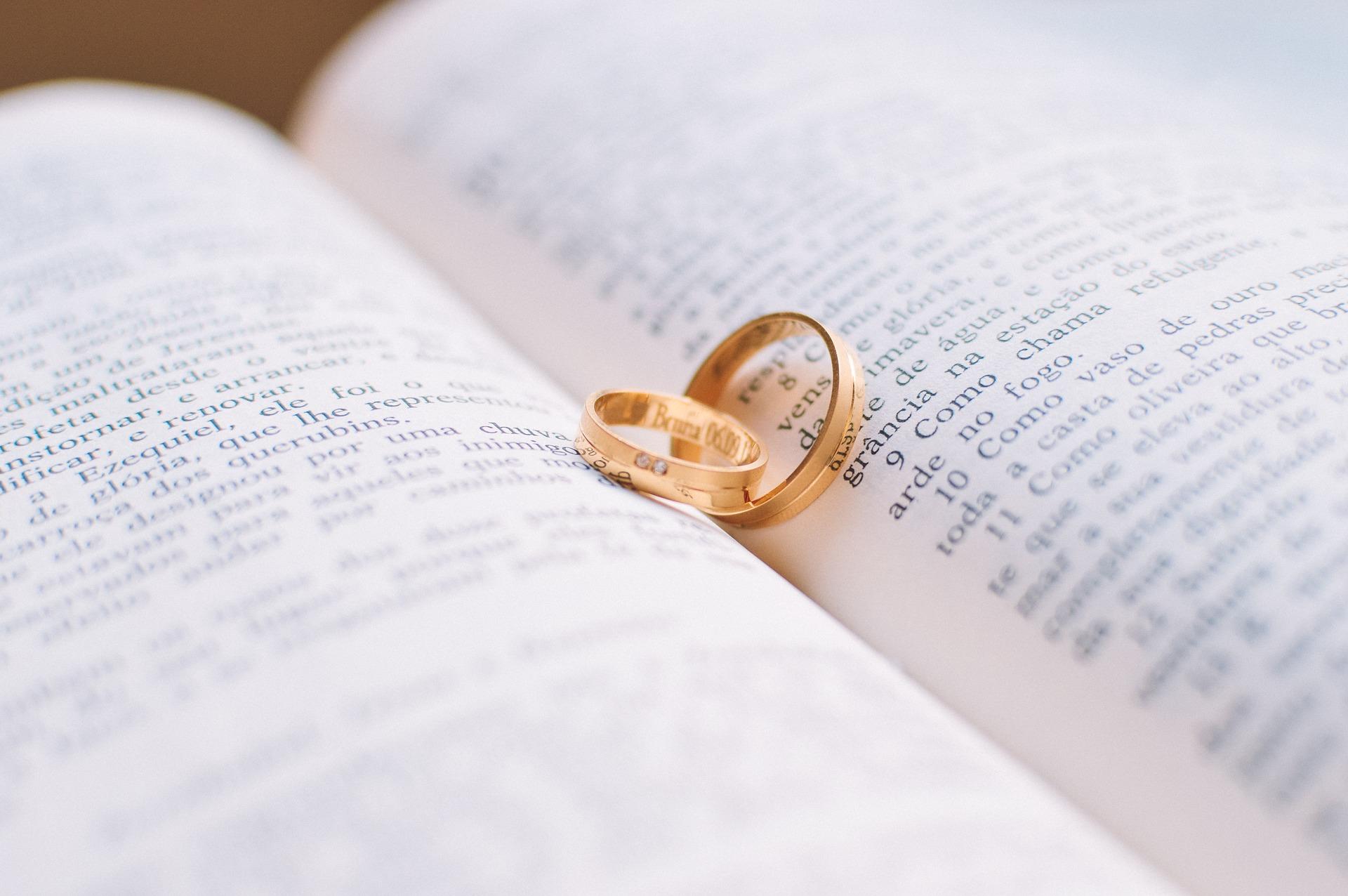 závazné prsteny